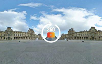 FRANCE Paris, La Pyramide du Louvre