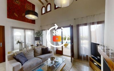 FOR SALE Luxury Front-line Golf 3 Bed Villa East-facing