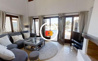 FOR SALE Luxury Front-line Golf 3 Bed Villa SW