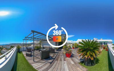 Appartement 6 pièces de 130m2 en toit terrasse à Juan les Pins 06