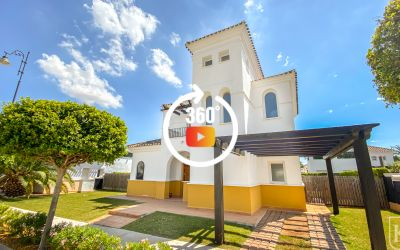 3 bed villa very cloose to the supermarket on La Torre Golf Resort