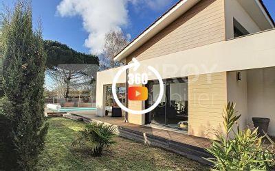 Vendu \/ La Teste – Cazaux \/ Villa contemporaine T5 avec piscine