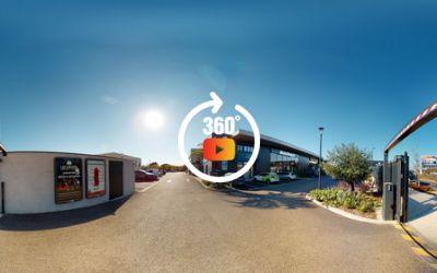 Suttel Racing Mauguio - Motoplex Piaggio Group Occitanie \/ Vespa \/ Aprilia \/ Moto Guzzi et Gilera