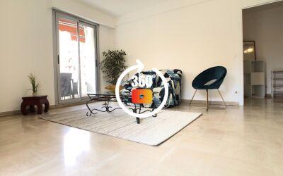 NICE EST. Angle BARLA \/ REPUBLIQUE. 3 pièces meublé avec terrasse 21m2